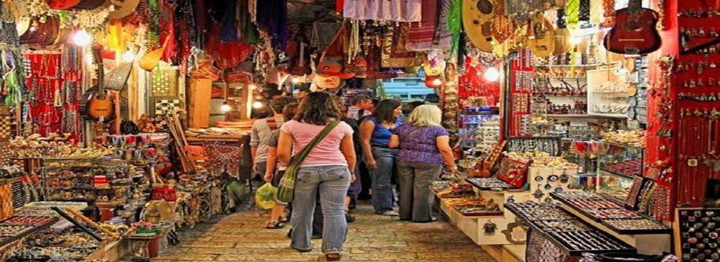 Kinari Bazaar Agra 1 to 5 Dollars shopping experience