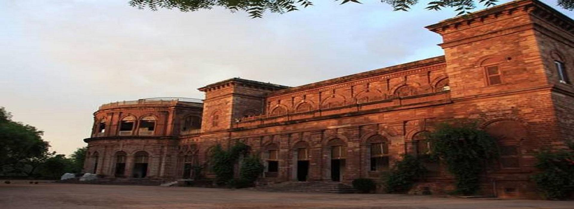 Taj Mahal Luxury Tour with Heritage hotel Stay – Raj Niwas Palace