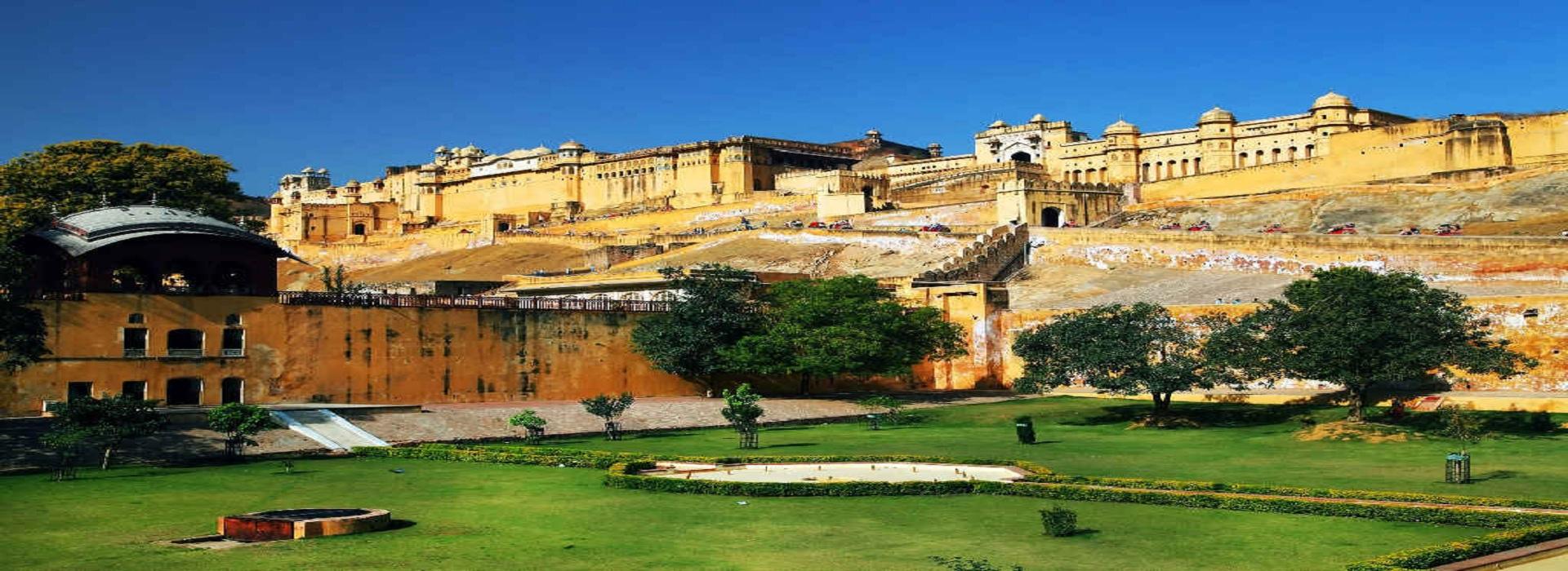 City Palace Jaipur History Timings & Facts